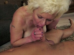 Widl Euro Granny Getting Fucked with Fresh Dynamite
