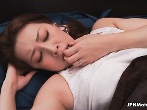 Dick loving Japanese mature mom gets her part4