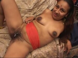 This Indian slut has cum dripping from her pussy hair after pussy pounding