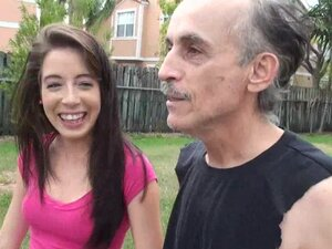 Old dude is fucking his young princess