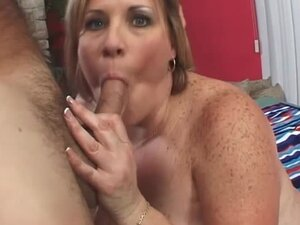 Fat chick with freckles sucks dick