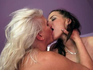 Scissoring and Pussy Licking Action Between Granny and Teen