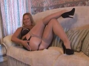 Hot Mature Solo
