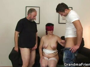 Chubby mature wife double fucked