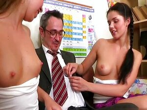 18 years old student handjob