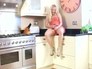 Horny housewife dildos in the kitchen