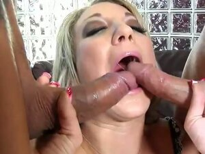 Amy brooke blows two boners