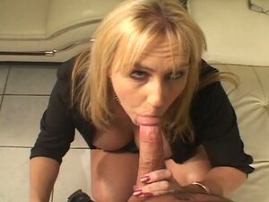 Horny older woman opens hungry mouth and wet pussy for young cock